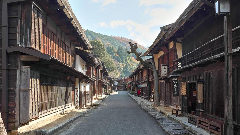 寺下の町並み