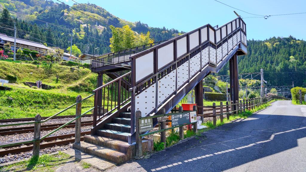南木曽の跨線橋